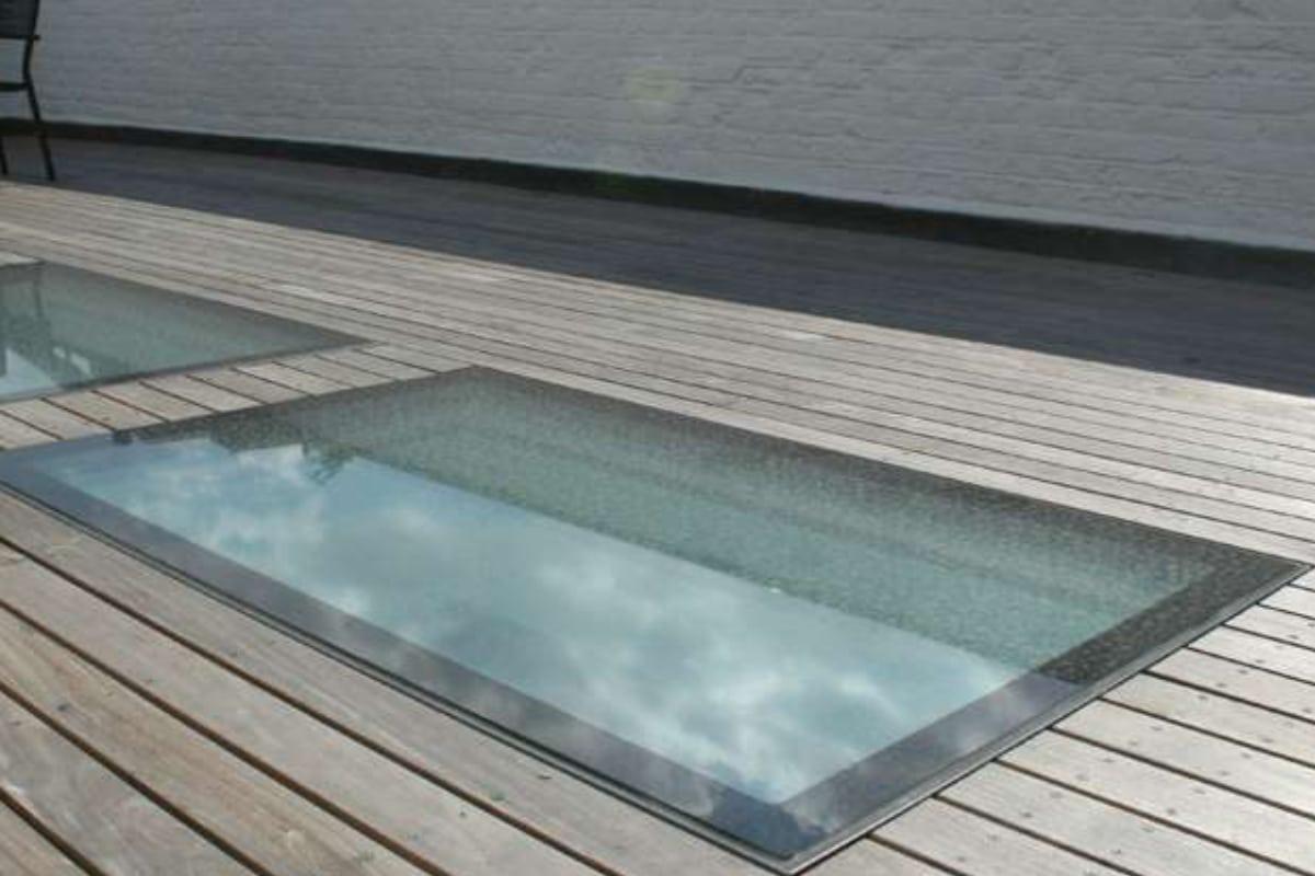 Coupoles de toit prix mat riaux placement toiture for Prix tuile mecanique en verre