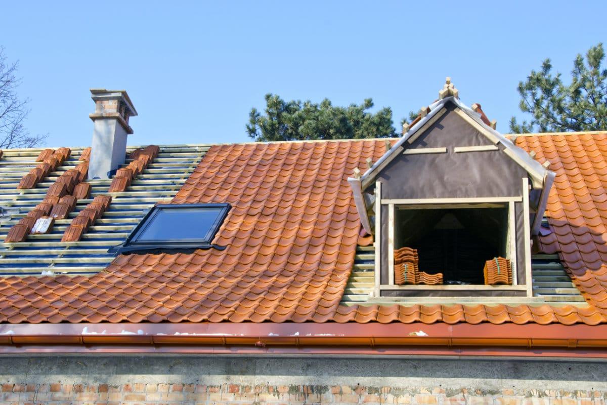 cherchez vous un couvreur infos prix pour travaux de toiture. Black Bedroom Furniture Sets. Home Design Ideas
